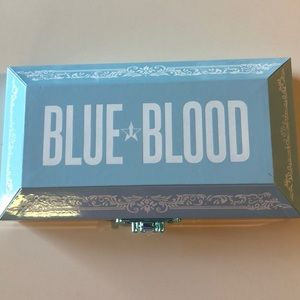 Jeffree star cosmetics blueblood pallet.